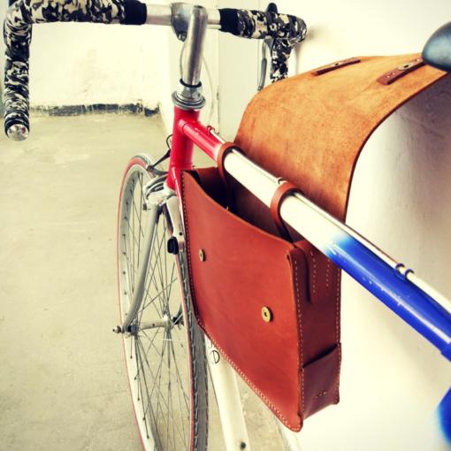 geanta din piele pentru bicicleta