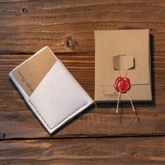portofel piele alb sapphire personalizat facut manual