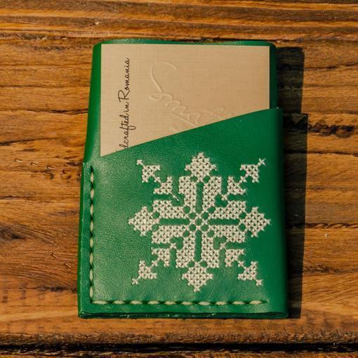 Portcard Piele Verde Brodat